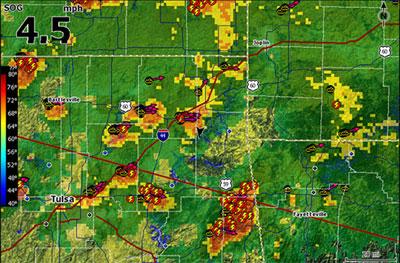 Продвижения штормов, осадки и молнии - Lowrance HDS